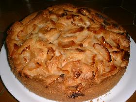 verser la pâte dans un moule<br /> cuire 10mn à 200°C et 40 mn à 175°C