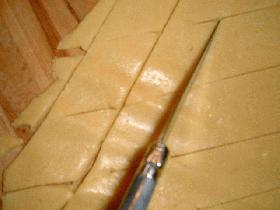 découper des losanges ou autres formes