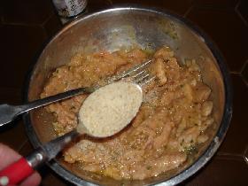 et enfin 2 càs de parmesan râpé <p>mélanger bien le tout
