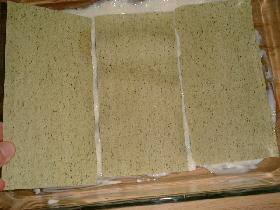 mettre un lit de lasagnes ( nature ou aux épinards selon gout )